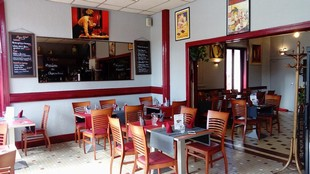Les Négociants: sala ristorante