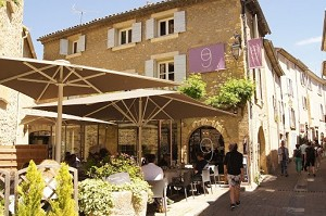 Number 9 - service provider in Lourmarin