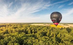 Sensation hot air balloon - original team building in Poitou