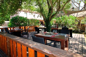 Le Restaurant de Chames - Terraza
