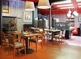 Caffe Cosi - Restaurant room