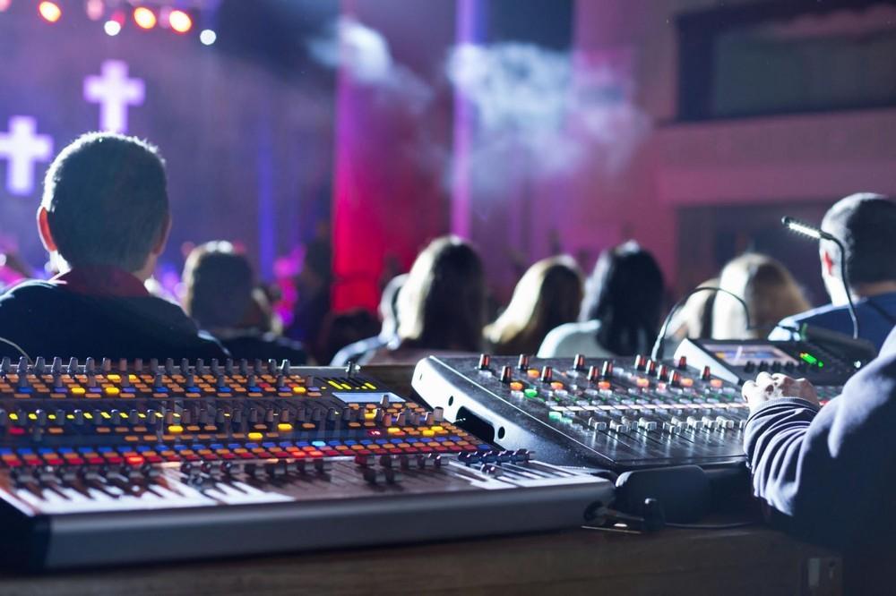 Sound and light art - sound system var