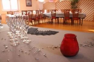 Restaurant Le Bon Accueil - proveedor de servicios - HÉNON