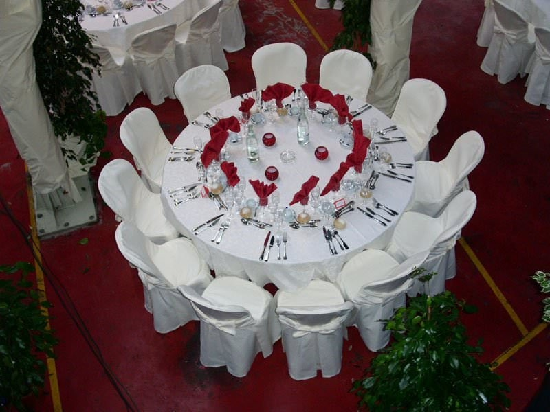 Menard caterer - table