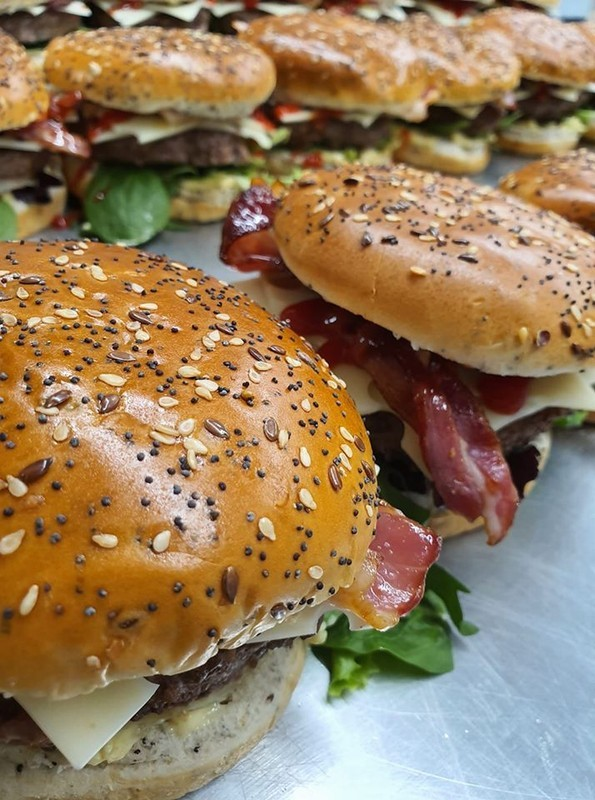 Fornitura catering sandenisburgers